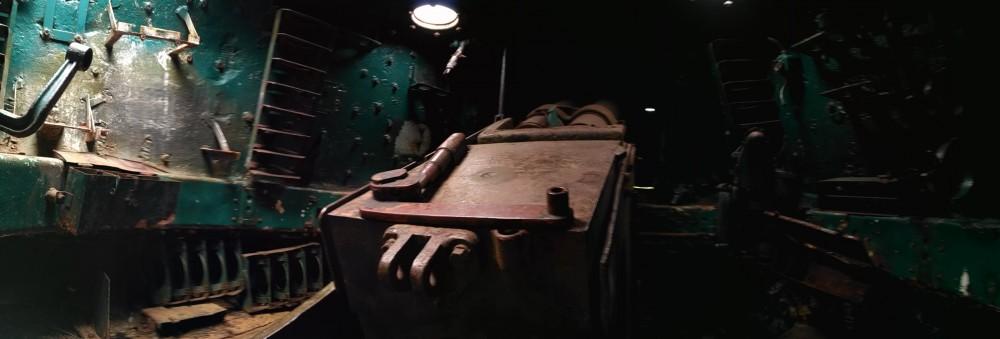 ИС-2, порезан на металл.